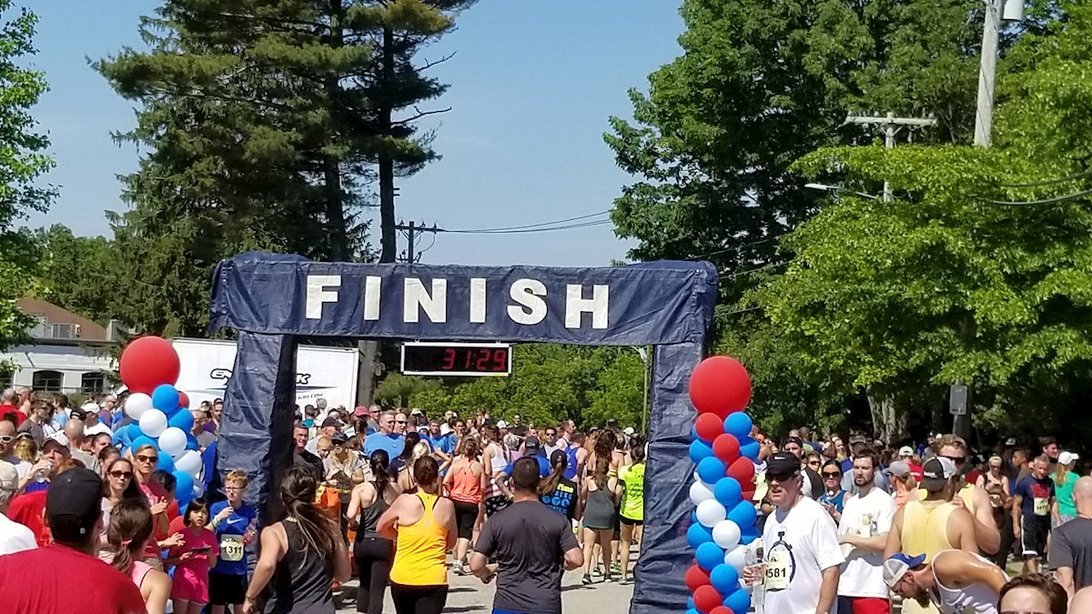 Gaspee Days 5K Foot Race Finish Line